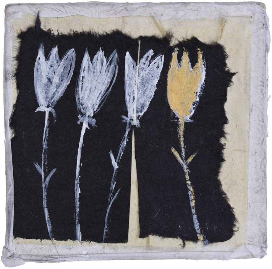 Art work, artist: Efimija Topolski, title of the work: 3 flowers plus 1, 2018, medium: mixed media on wood, dimensions: 12,2 x 12,7 cm